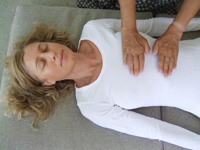 3 Healing Touch Flyer Neuenhaus 050